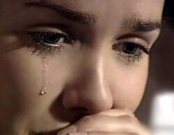 как сделать слёзы на глазах